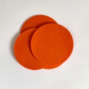 oranje viltjes rond